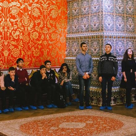 Организация ежегодной Международной школы русского языка и культуры «Россия в мире: молодежный взгляд